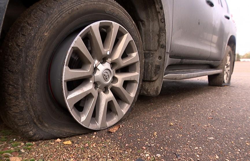 «Безумный» джип: протаранил ГАИ и пытался скрыться с простреленными колёсами