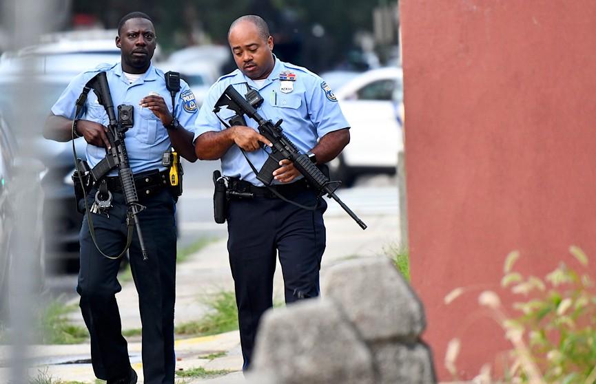 В Филадельфии взявший заложников стрелок сдался полиции