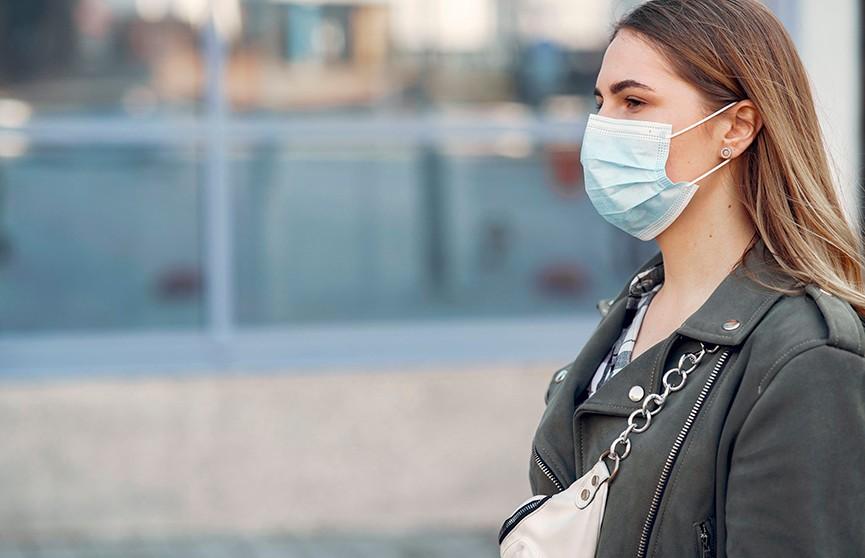 Как правильно дезинфицировать маски, рассказал доктор Комаровский