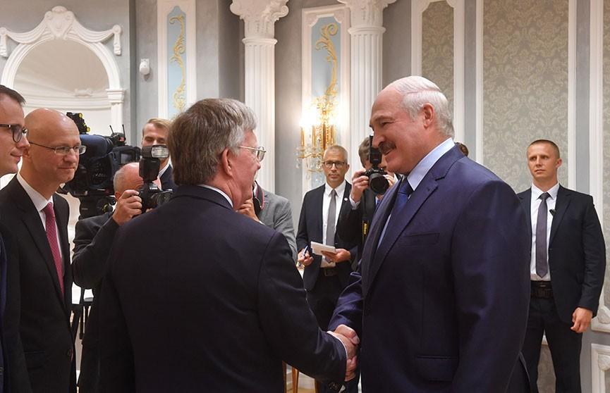 Новый этап в отношениях Беларуси и США: Александр Лукашенко провёл переговоры с Джоном Болтоном
