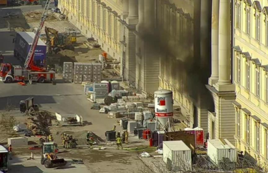 В Берлине горело новое здание Городского дворца