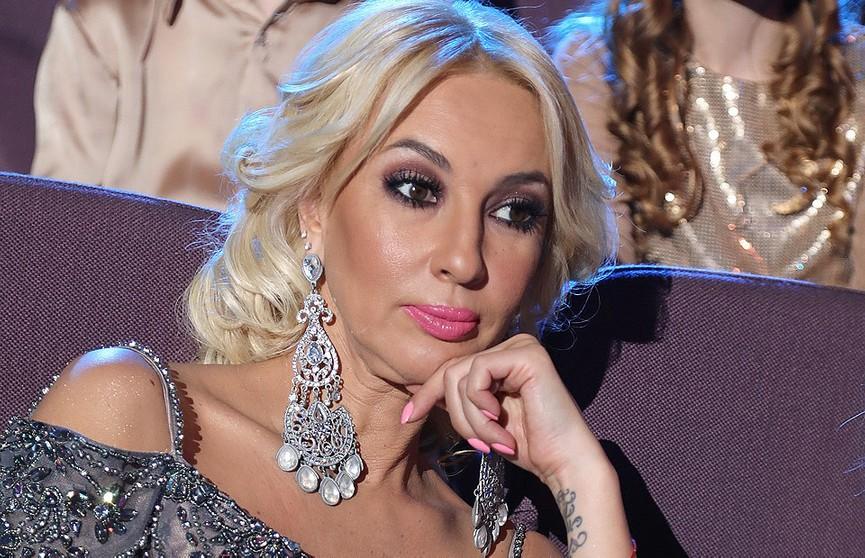 """Лере Кудрявцевой стало плохо на фестивале """"Новая волна"""". Её спасала скорая"""