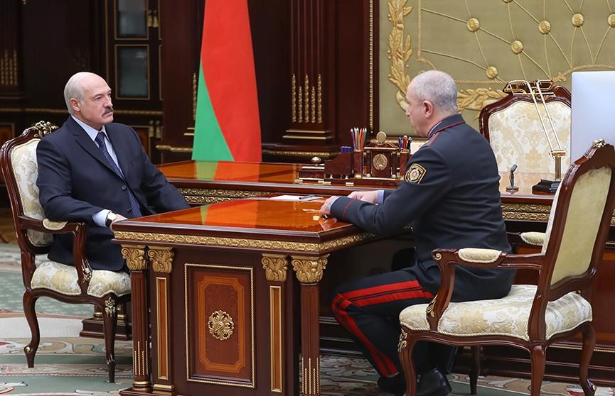 Президент Беларуси потребовал более эффективной работы от милиции
