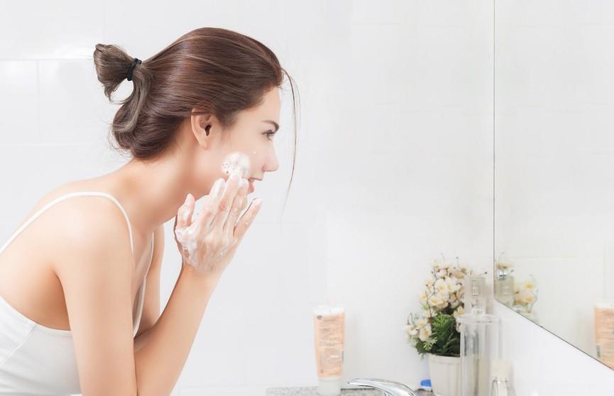 Как улучшить состояние вашей кожи лица только при помощи умывания