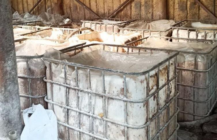 «Готовил для себя». 18 т самогонной браги нашли у мужчины в Молодечненском районе