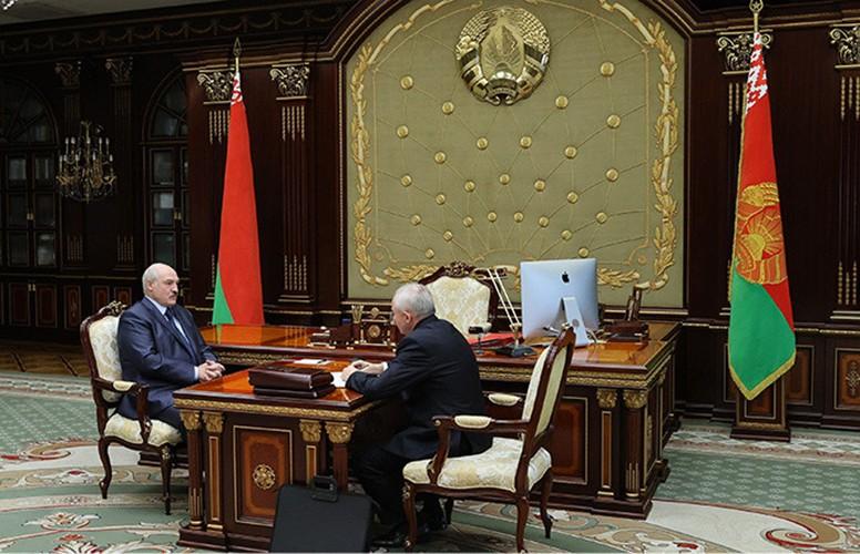 Лукашенко принял отставку Шеймана во время рабочей встречи