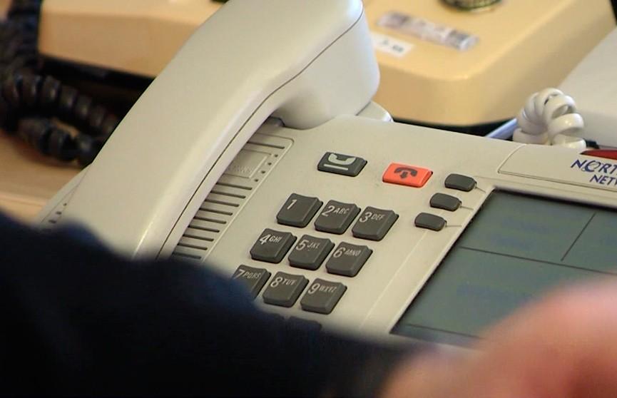 Прямые телефонные линии: в исполкомы поступили жалобы на некачественно установленные окна, холод в квартирах и плохие дороги