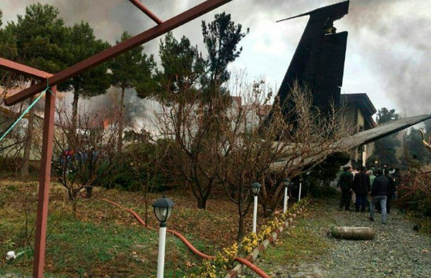 Грузовой самолёт из Бишкека разбился в окрестностях Тегерана: выжил только бортинженер