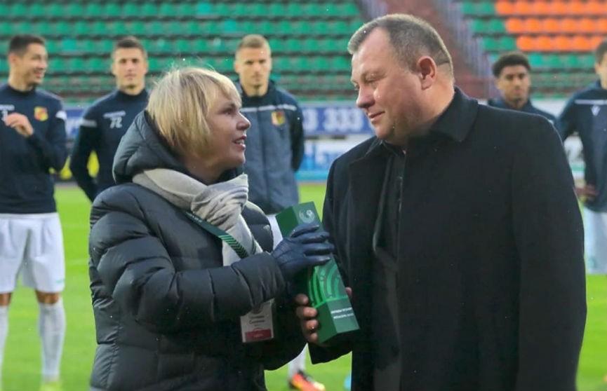 Футбольный клуб «Неман» продлил контракт с главным тренером команды Игорем Ковалевичем