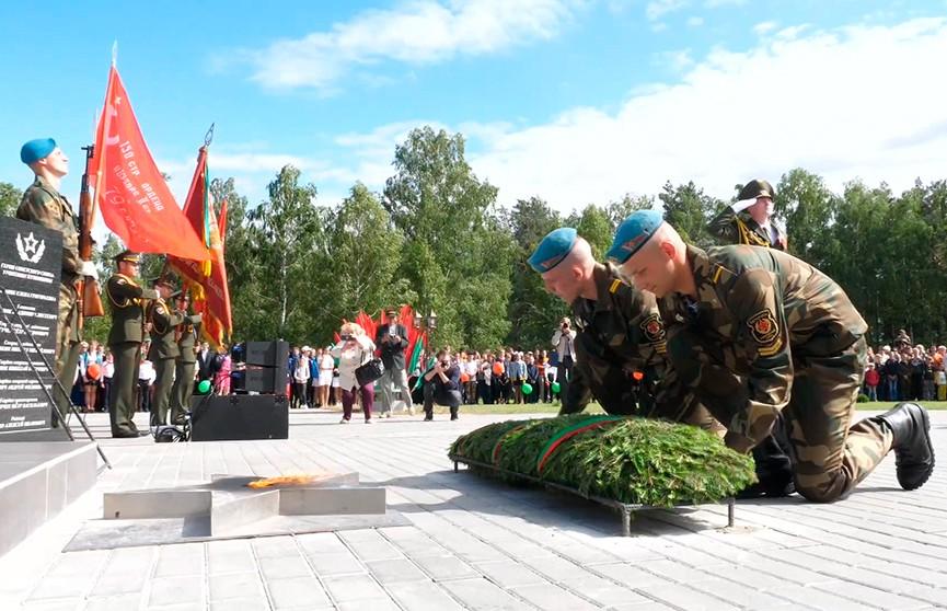 Историко-культурный комплекс «Аллея воинской славы» открыли в Марьиной Горке