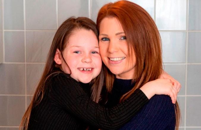 7-летняя девочка спасла матери жизнь благодаря видеоролику на YouTube