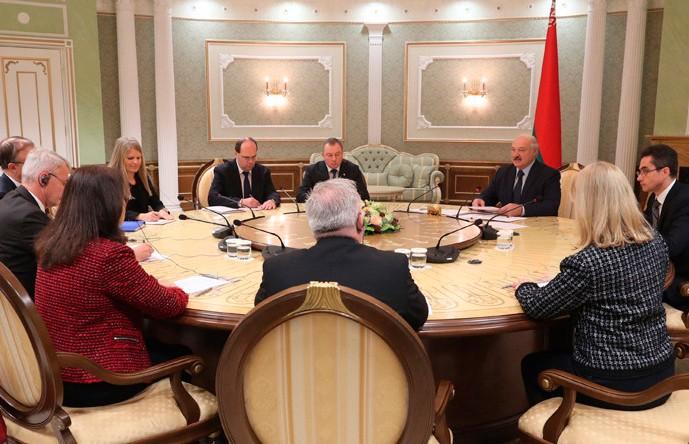 «Беларусь крайне заинтересована в выстраивании взаимоуважительных отношений с ЕС» – Лукашенко на встрече с министрами иностранных дел Швеции и Финляндии