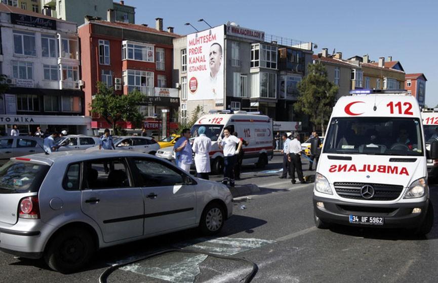 Обрушение здания в Стамбуле попало на видео