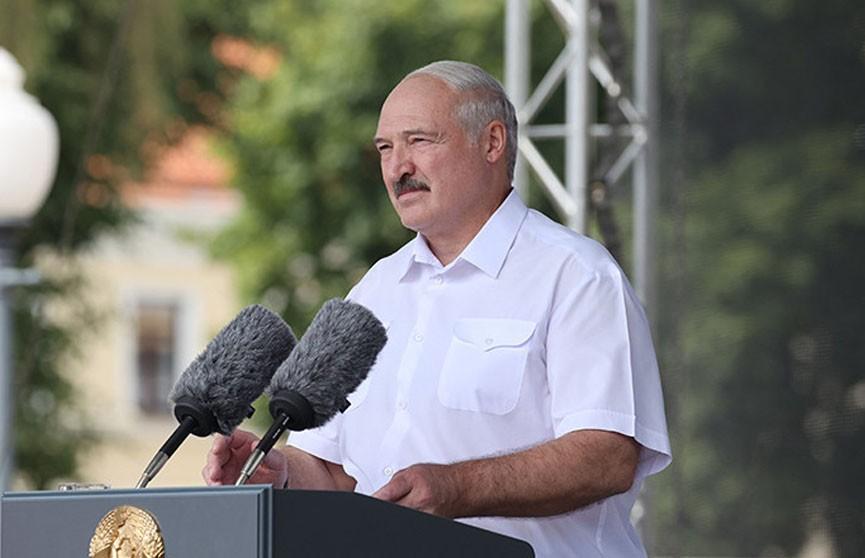 Лукашенко выступил на митинге в Гродно