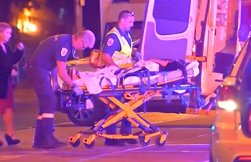 Четыре человека пострадали в результате стрельбы возле ночного клуба в Австралии