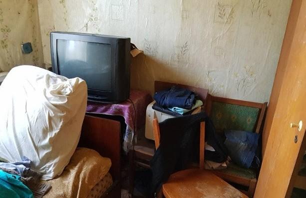 Более 60 ударов руками и ногами. Сын избил до смерти собственную мать в Смолевичском районе