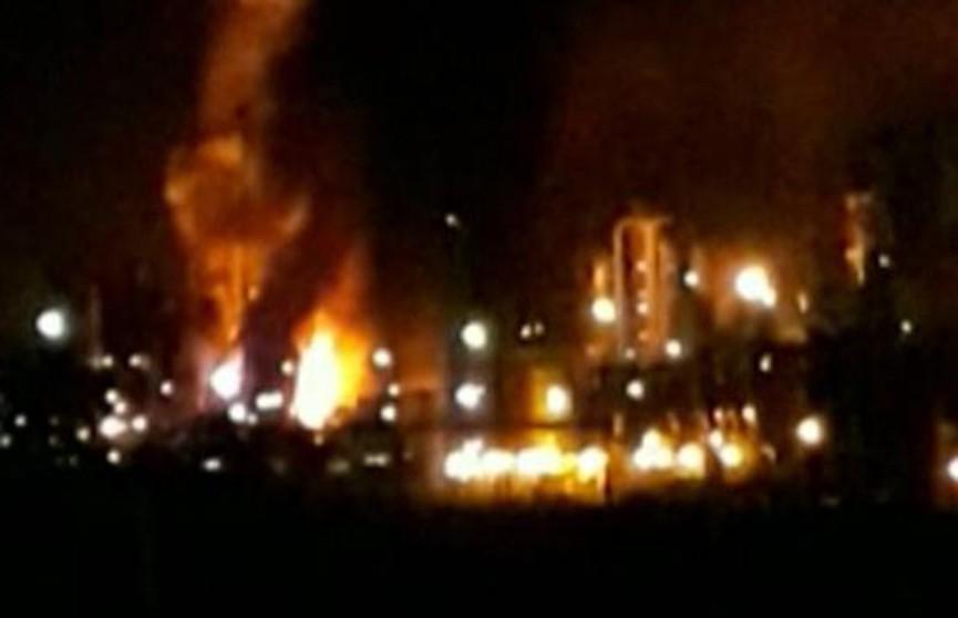 Взрывы прогремели на нефтеперерабатывающем заводе в Бразилии
