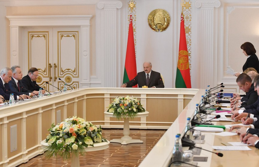 Александр Лукашенко: Выборы – это экзамен для действующей власти, в первую очередь на местном уровне