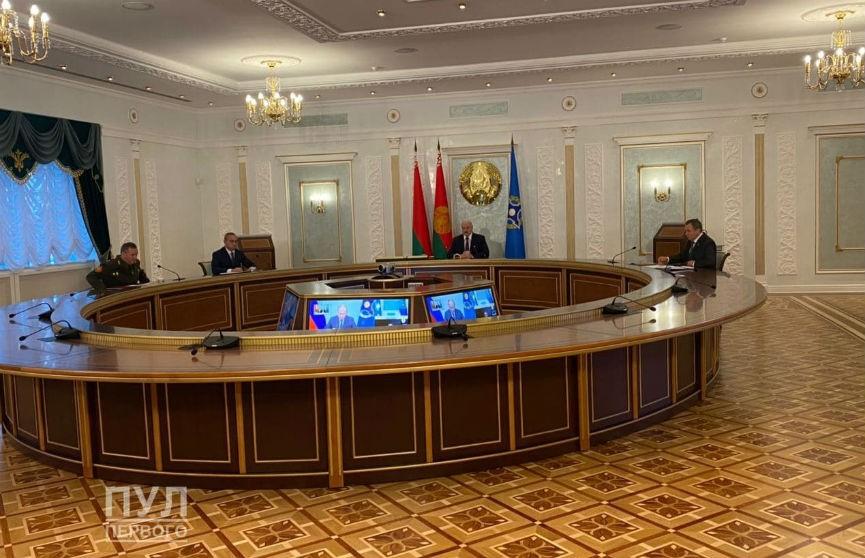Президент заявил об оголтелом поведении Польши и стран Балтии против Беларуси