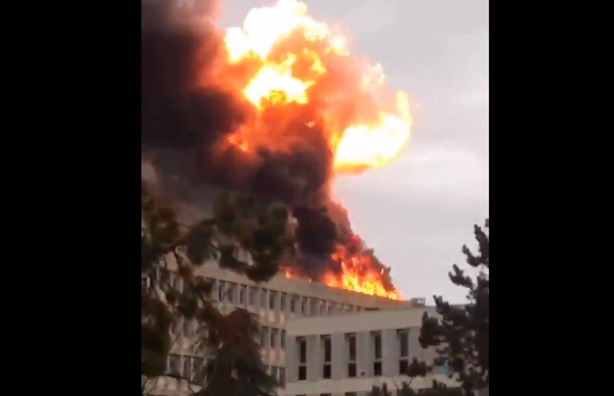 В кампусе университета Лиона прогремел взрыв  (ВИДЕО)