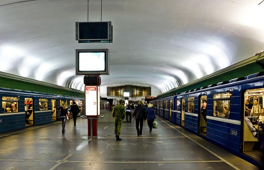 Некоторые выходы со станции «Купаловская» будут закрыты 18-19 января