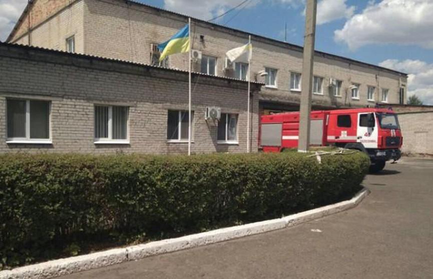 В Донецкой области пожарные выехали на ложный вызов, а в это время их часть ограбили