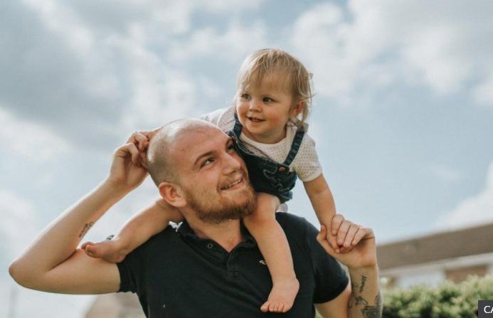 Британские медики спасли девочку, прожившую 4 месяца с батарейкой в пищеводе