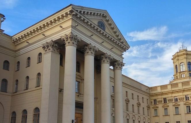 КГБ: экстремистские действия протестующих можно расценивать как акт терроризма