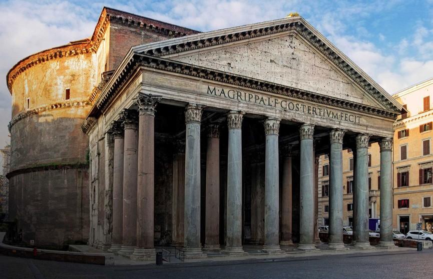 Достопримечательности Рима лишат прилавков с сувенирами