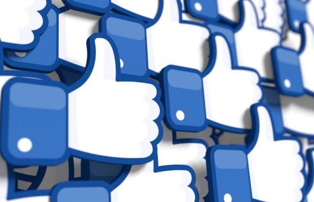 Facebook начал скрывать лайки под публикациями