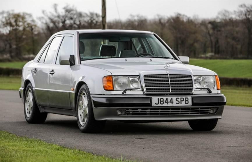 Мистер Бин продаёт свой Mercedes на аукционе