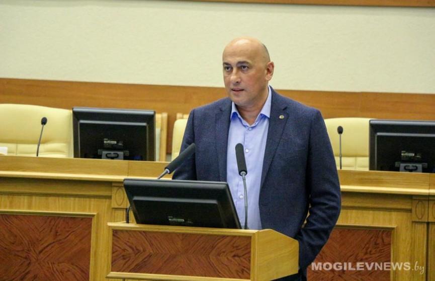 Марат Марков провел встречу с общественностью в Могилеве
