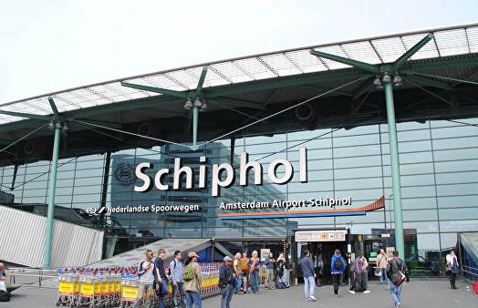 ЧП в амстердамском аэропорту Схипхол: пассажиры и экипаж захваченного самолета освобождены