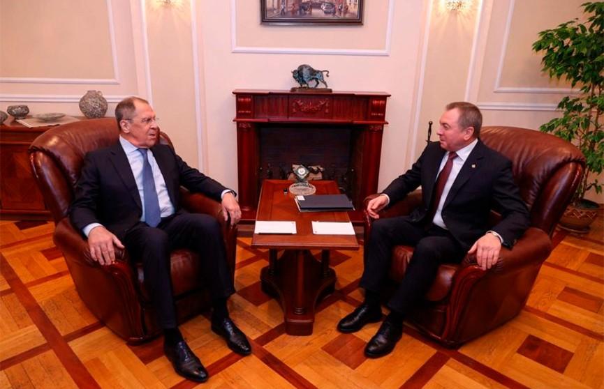 Прошла встреча Владимира Макея и Сергея Лаврова
