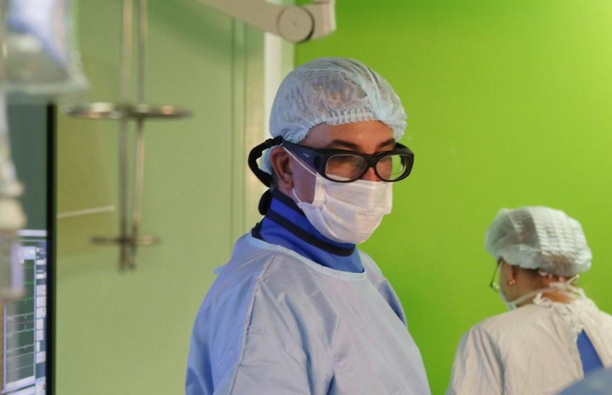 Белорусские хирурги впервые провели гибридные операции на сердце