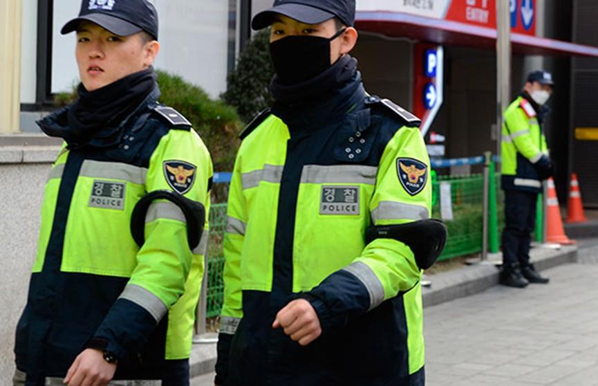В Южной Корее мужчина поджёг дом и стал убивать соседей на выходе из здания