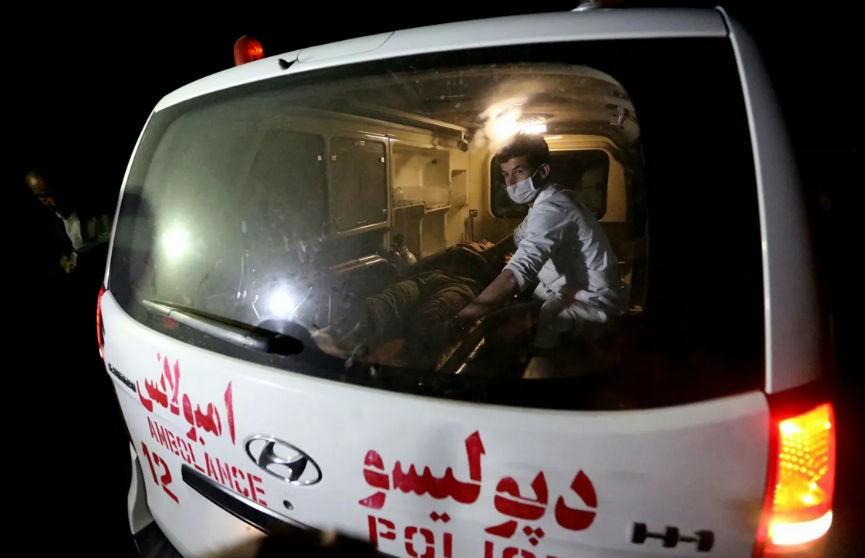 Взрыв бомбы в Афганистане: погибли не менее 15 человек