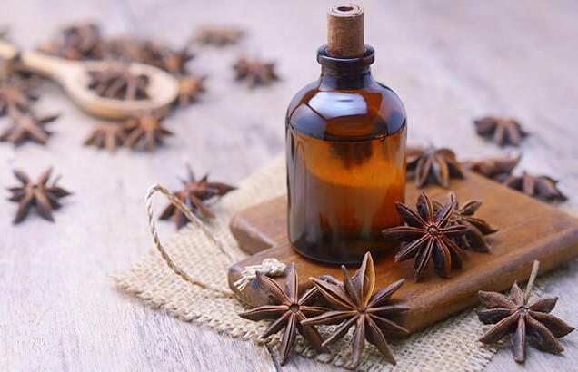 Специи и масла, которыми можно заменить обезболивающие препараты