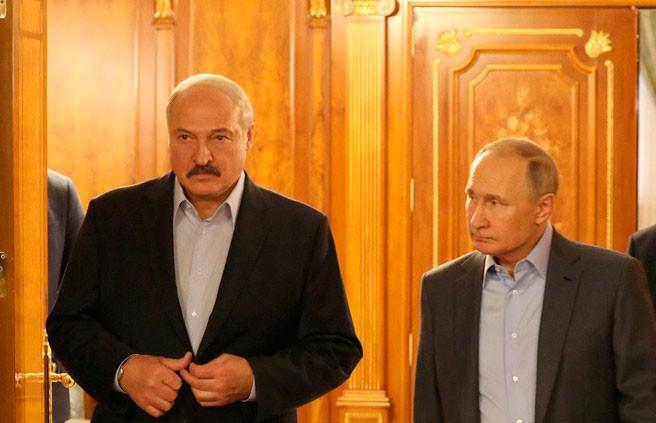 Лукашенко о переговорах с Путиным: Есть о чем говорить, есть над чем работать
