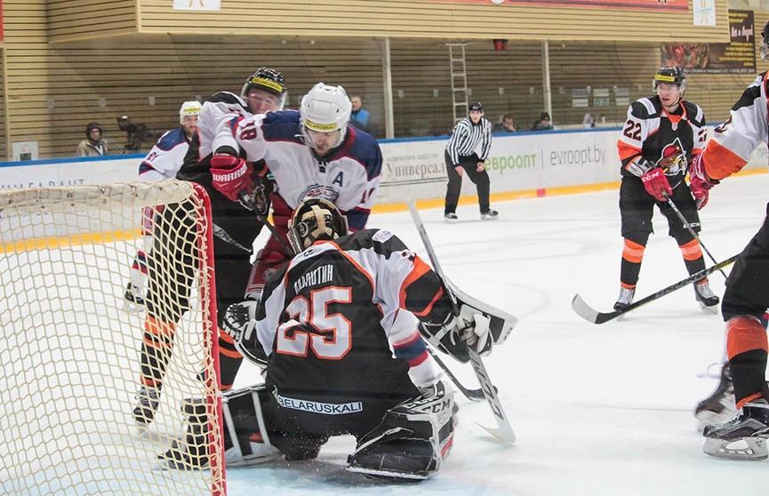 «Юность» проиграла «Шахтёру» в центральном матче чемпионата Беларуси по хоккею