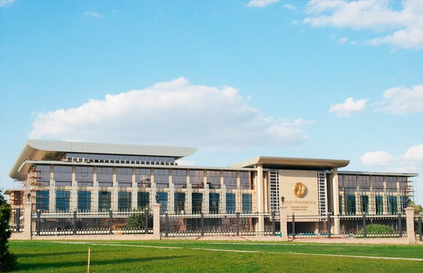Александр Лукашенко подписал указы на строительство в Минске стадиона и бассейна