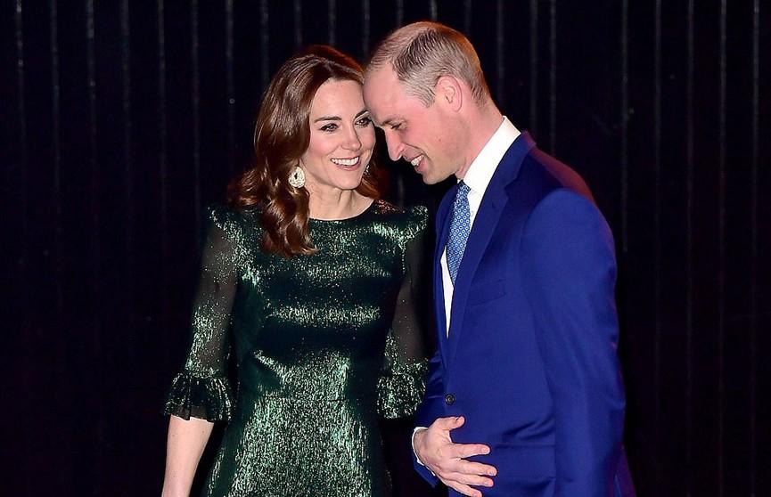 Кейт Миддлтон в мерцающем платье ослепила гостей ирландского паба