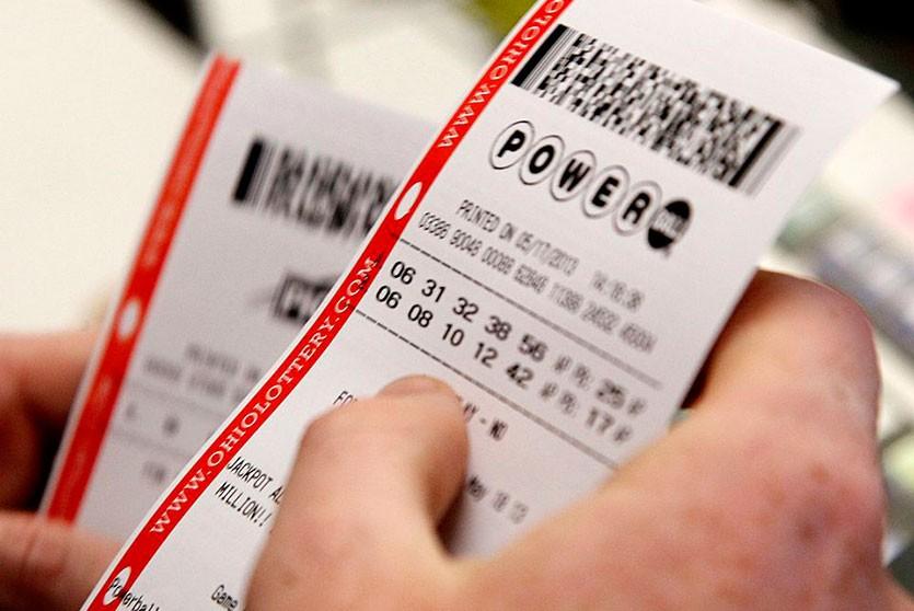 Австралиец сорвал два джекпота одним билетом благодаря собственной ошибке