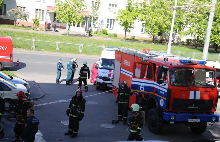 Бабушку и внука спасли при пожаре в Минске