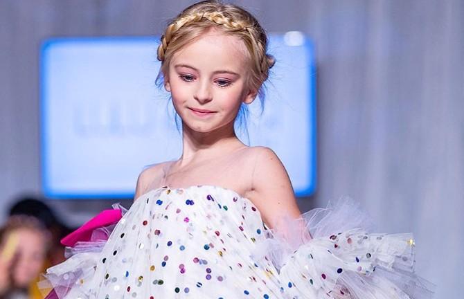 9-летняя девочка без ног примет участие в Неделе моды в Нью-Йорке и Париже