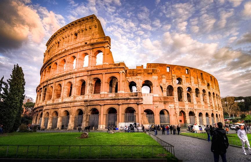 Жители Рима ощутили подземные толчки