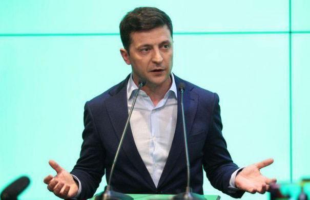 Зеленский приказал упростить получение украинского гражданства