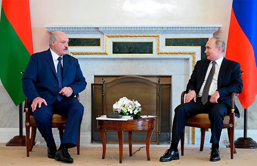 Лукашенко и Путин провели встречу в Санкт-Петербурге: о чем говорили президенты Беларуси и России?