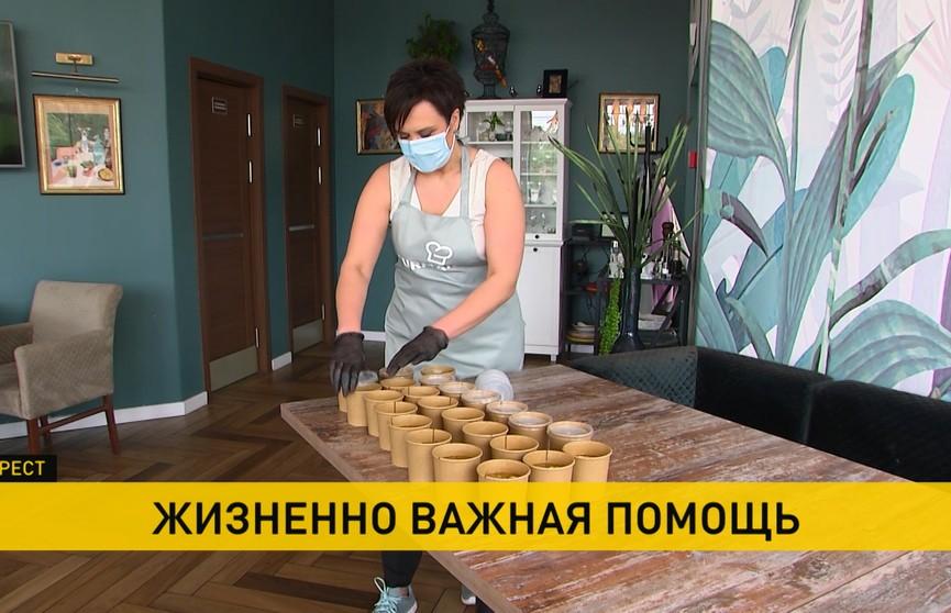 Как неравнодушные белорусы помогают медикам в борьбе с COVID-19