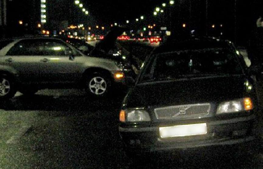 ДТП в Бресте: водитель «Лексуса» врезался в автомобиль с двумя детьми
